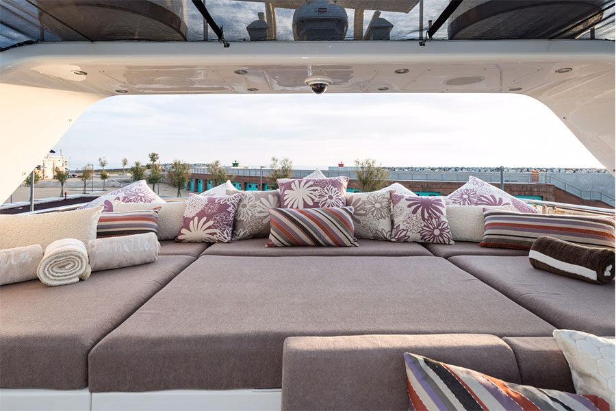 boat-renting-ibiza-Leopard-32—Ornella-04