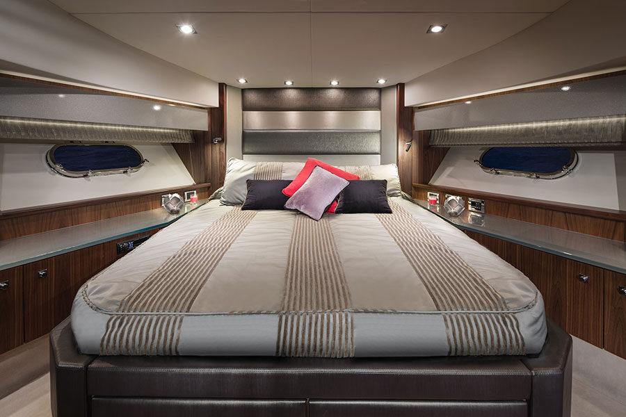 boat-renting-ibiza-black-jax-01