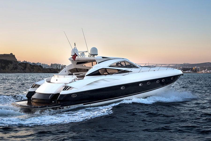 boat-renting-ibiza-predator-68-04