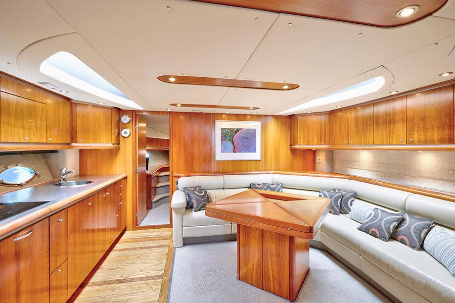 boat-renting-ibiza-predator-68-05