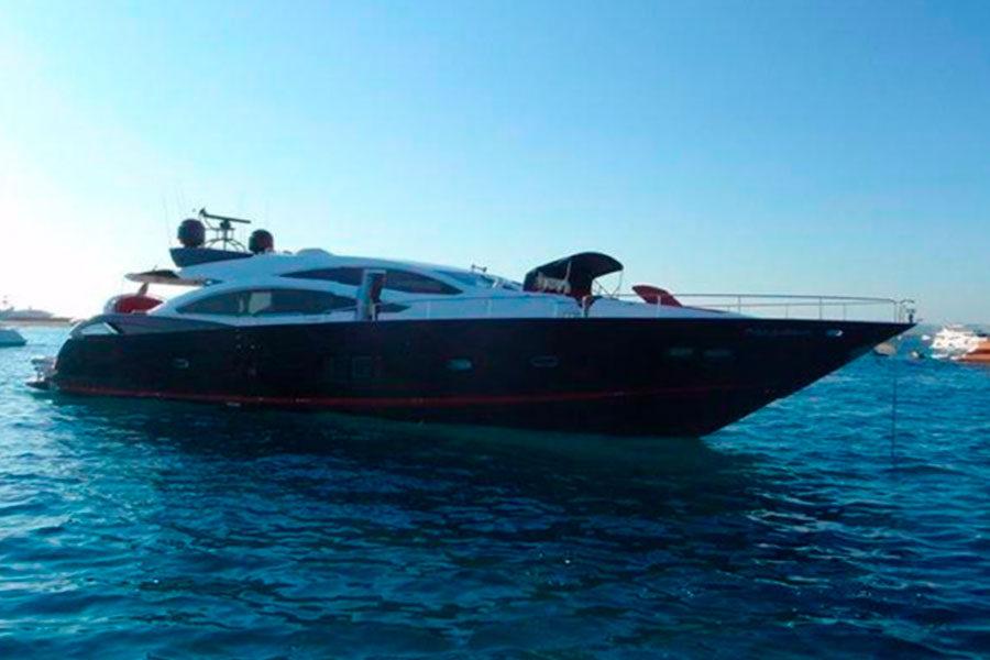 boat-renting-ibiza-sunseeker-92-predator-um7-01