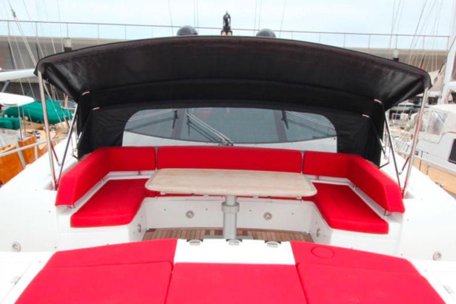 boat-renting-ibiza-sunseeker-92-predator-um7-07