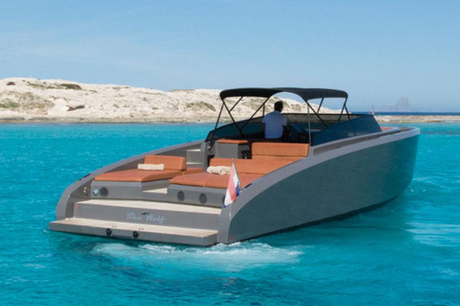 boat-renting-ibiza-vanquish-vq-43-wolf-04