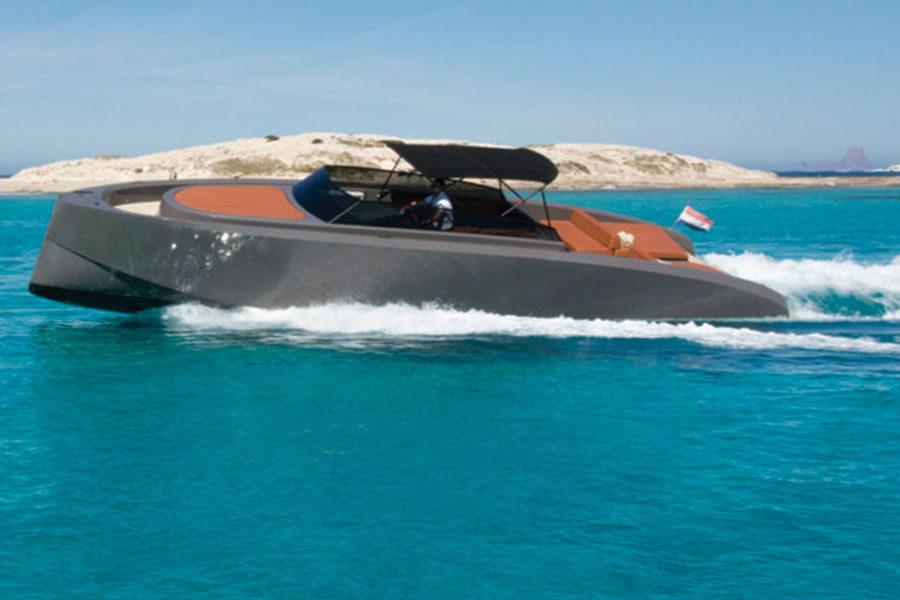 boat-renting-ibiza-vanquish-vq-43-wolf-05