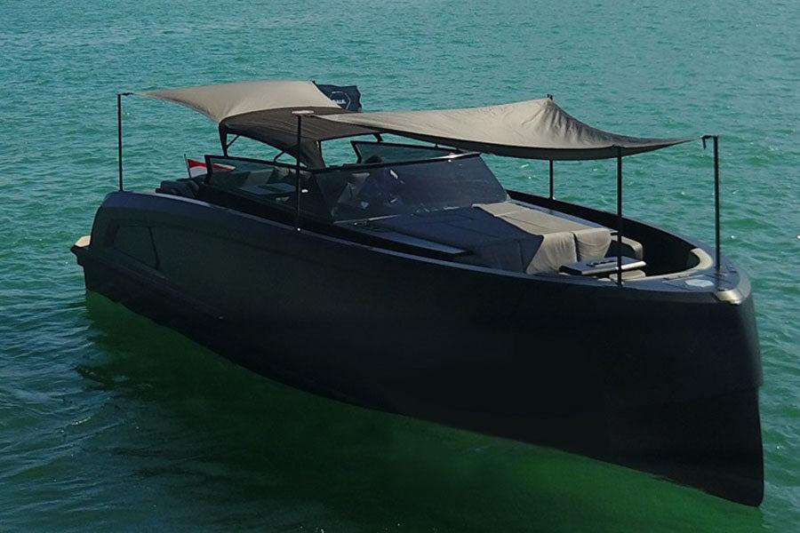 boat-renting-ibiza-vanquish-vq43-balr-edition-02