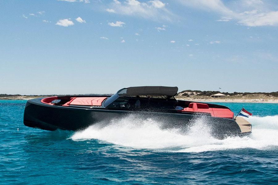 boat-renting-ibiza-vanquish-vq48-lady-thunder-02
