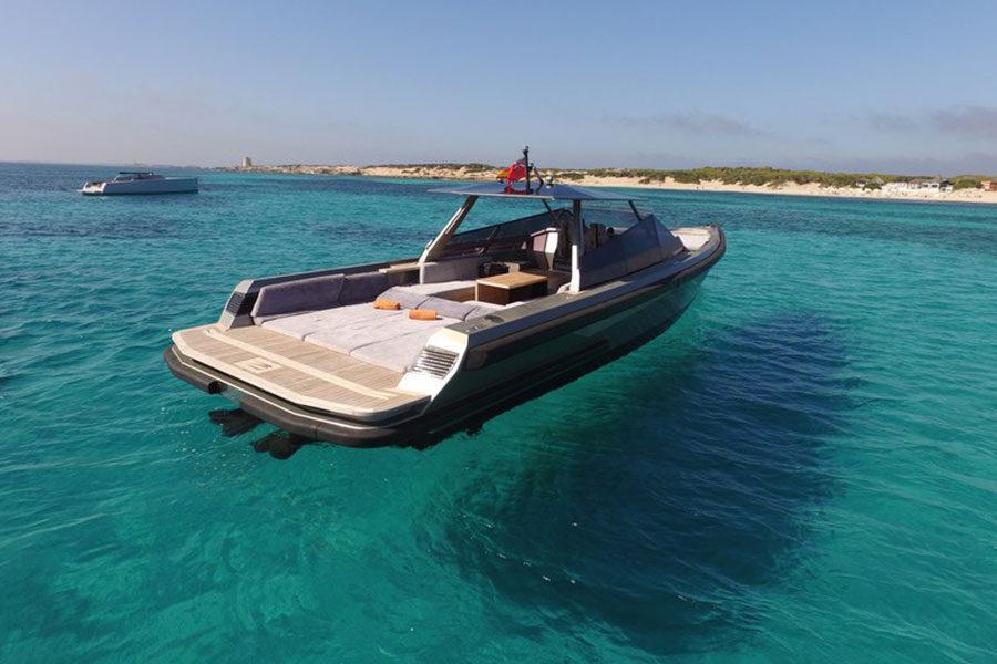 boat-renting-ibiza-wally-47-01