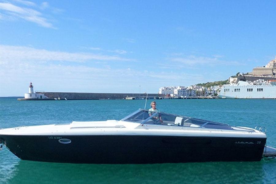 boat-renting-ibiza-yachts-zen-08