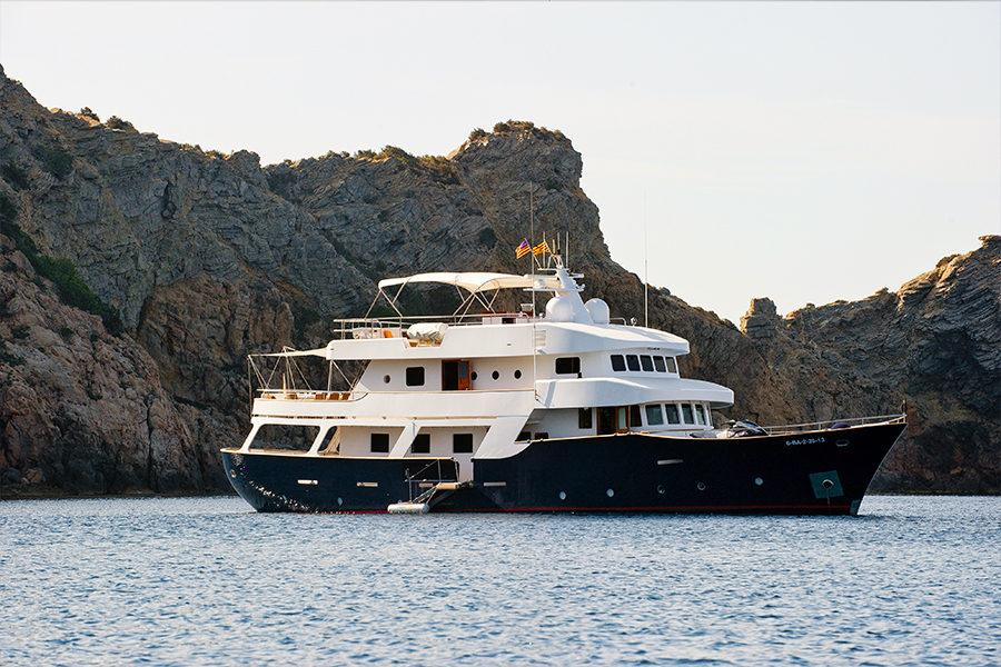 boat-renting-ibiza-superyacht-Semaya-0