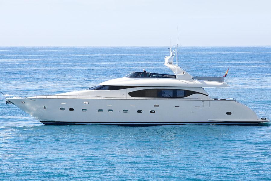 boat-renting-ibiza-superyacht-maiora-28-m-seven-c-0