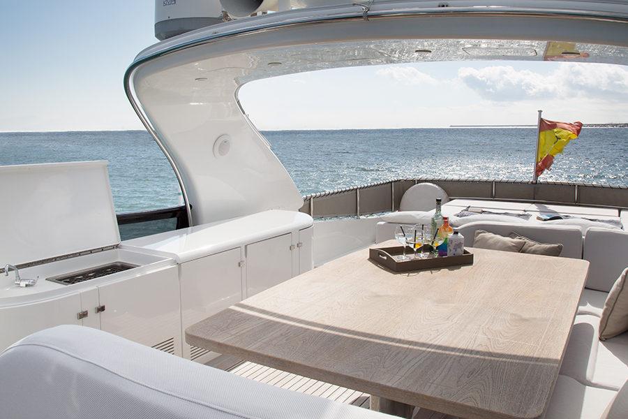 boat-renting-ibiza-superyacht-maiora-28-m-seven-c-3