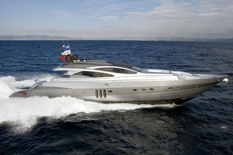 boat-renting-ibiza-superyacht-pershing-90-shalimar-ii-0