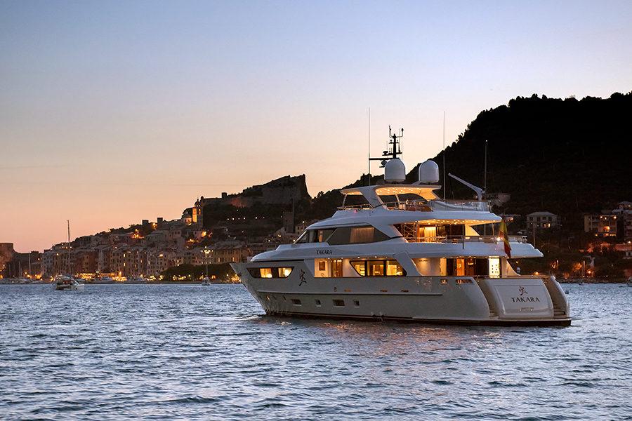 boat-renting-ibiza-superyacht-san-lorenzo-126-takara-1