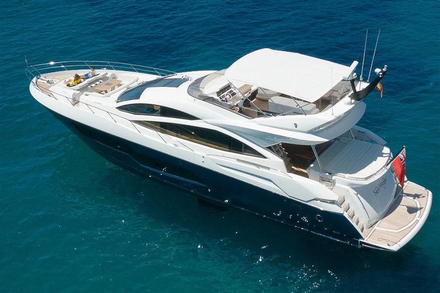 boat-renting-ibiza-superyacht-sunseeker-80-sport-yacht-seawater-1