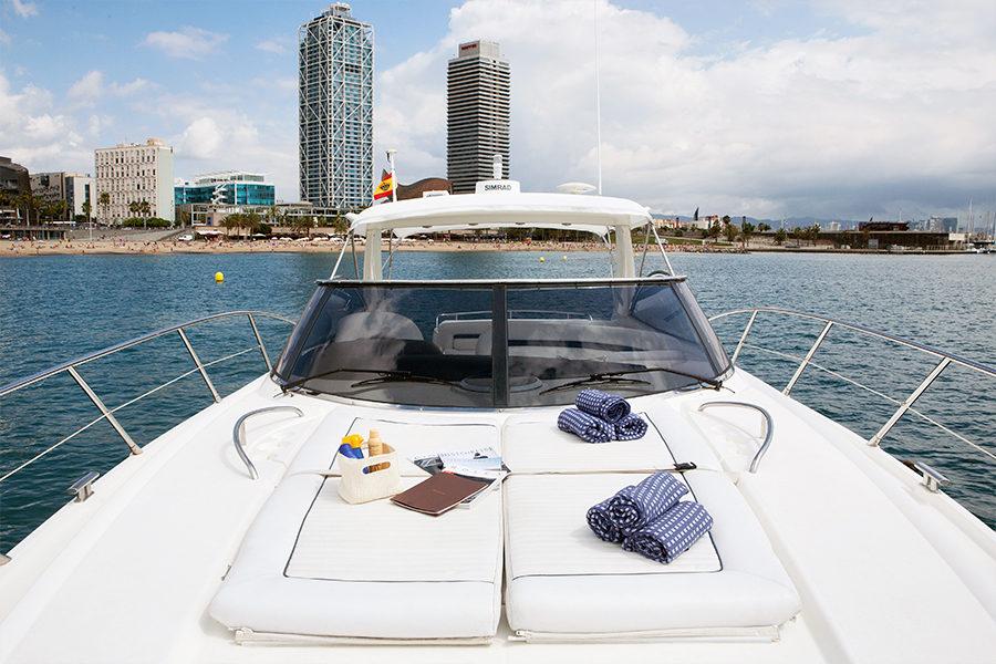 boat-renting-ibiza-superyacht-sunseeker-camargue-50-nueva-casimira-1