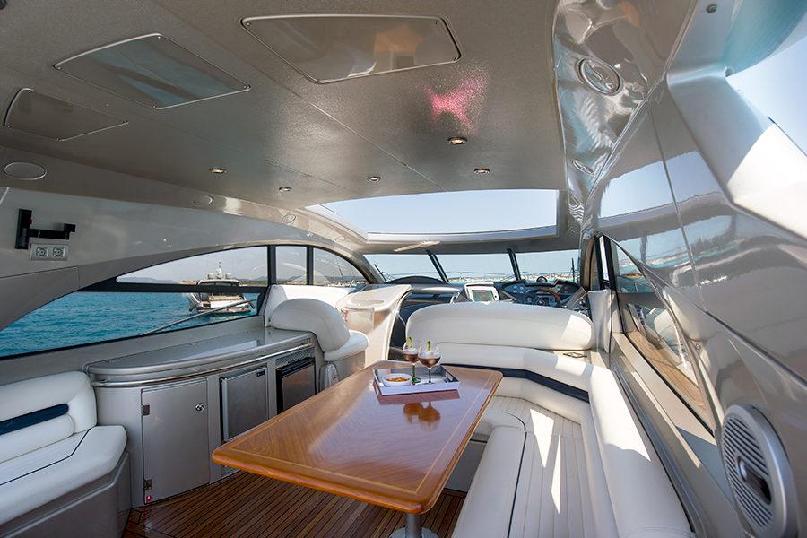 boat-renting-ibiza-superyacht-sunseeker-predator-61-ariadna-4