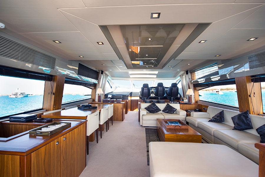boat-renting-ibiza-superyacht-sunseeker-predator-84-alvium-6