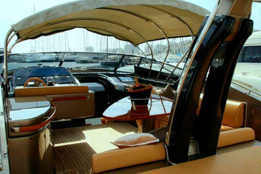 boat-renting-ibiza-yacht-invictus-04